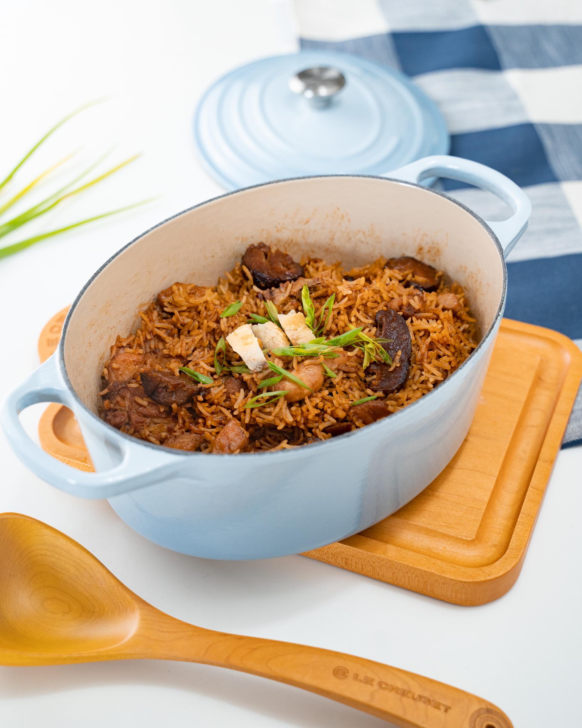Claypot Chicken Rice (Serves 3-4)